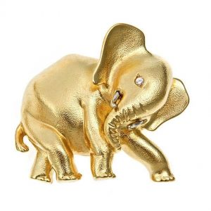 Baby Elephant's Mother Pin