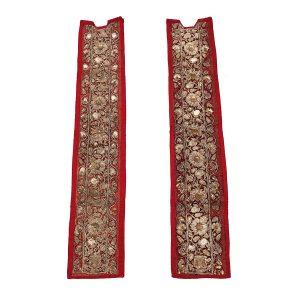 A Pair of Vertical Hangings