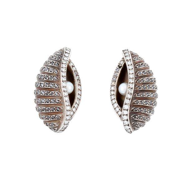 Moonlight Oyster Earrings
